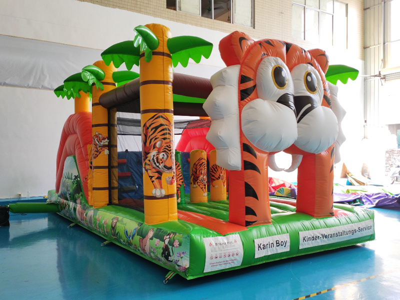 Karin Boy Hüpfburg Tiger